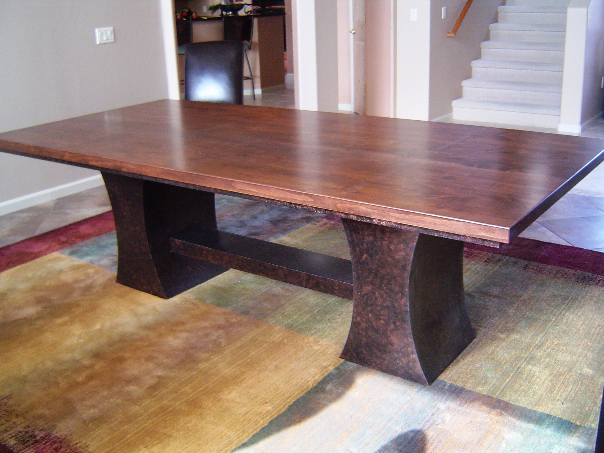 Double Echo dining table