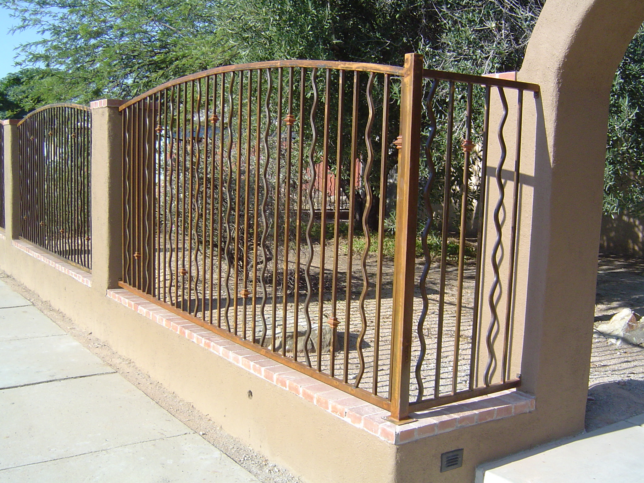 Fence With Wavy Pickets Ironcraft In Az